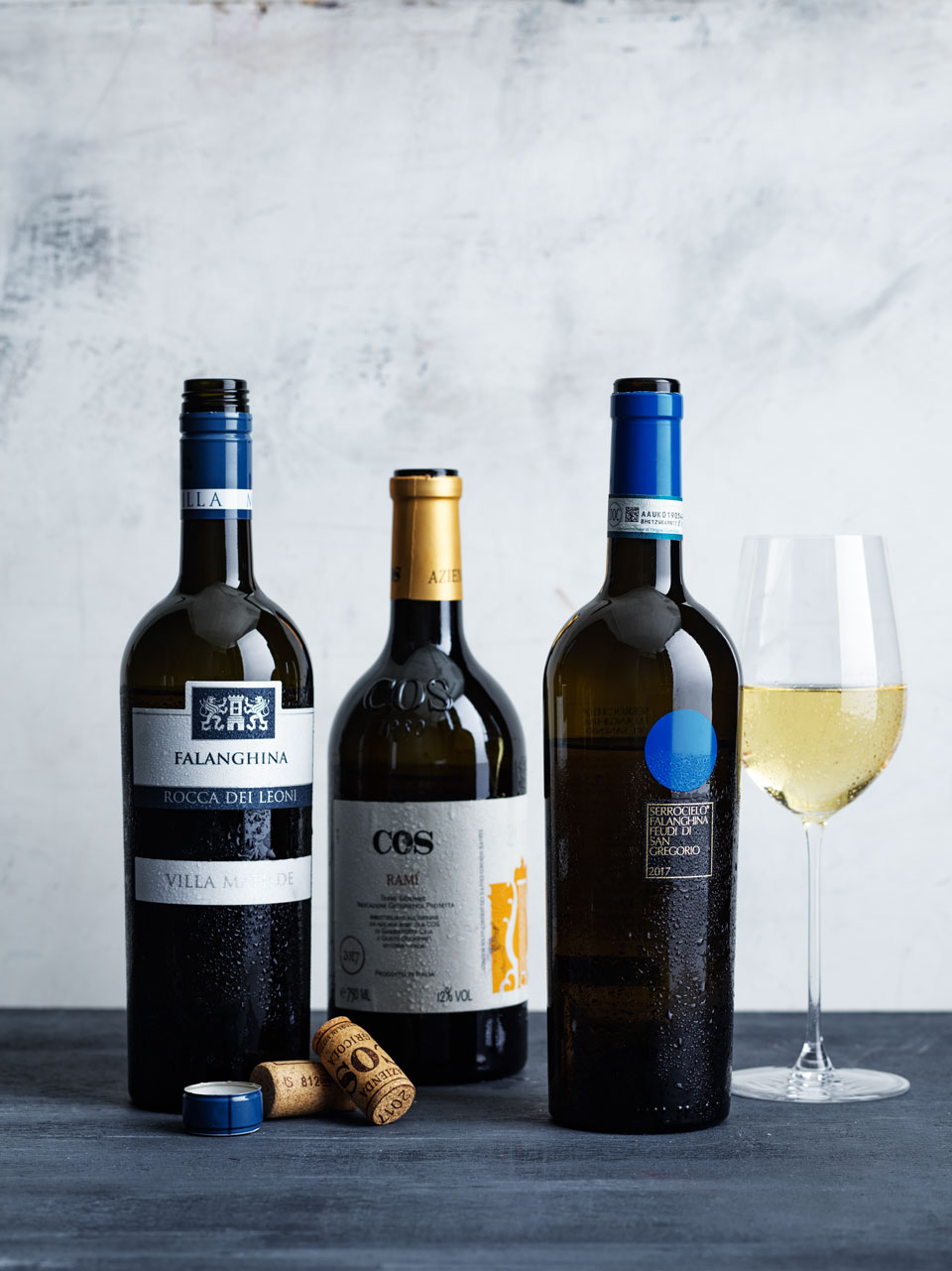 The falanghina showed floral and perfumed aromas.